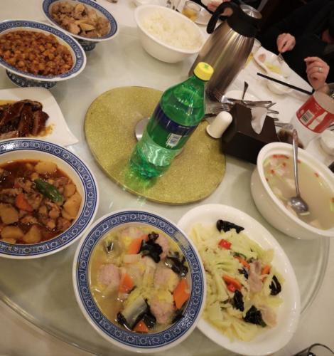 Repas typique à Shanghai